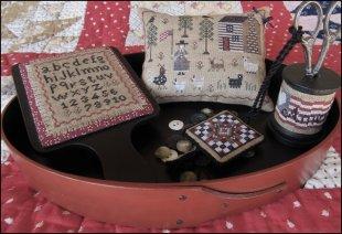 American Homestead Sewing Set