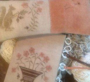 Squirrel Pinkeep and Flower Basket Thread Board